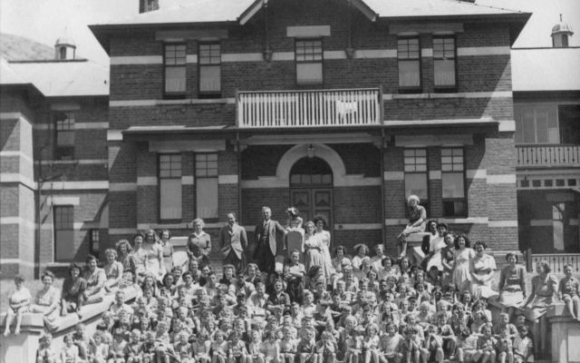 Children of the Sumner School for the Deaf in 1945